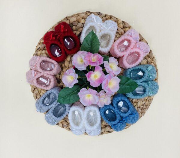 patucos de lana lazo